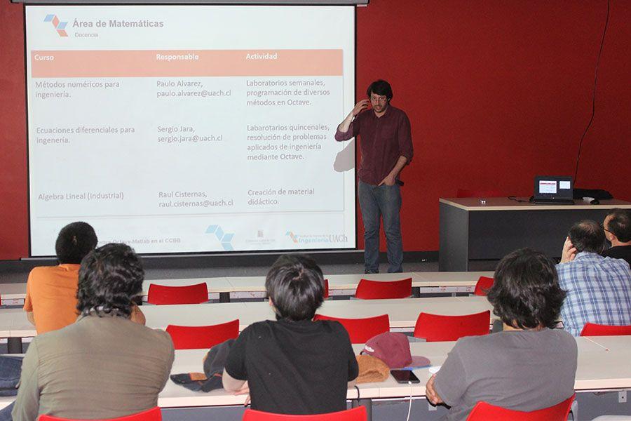 Jornada de Métodos Numéricos reúne a académicos y estudiantes de la FCI UACh